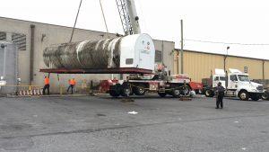 hohenshilt crane lifting big object